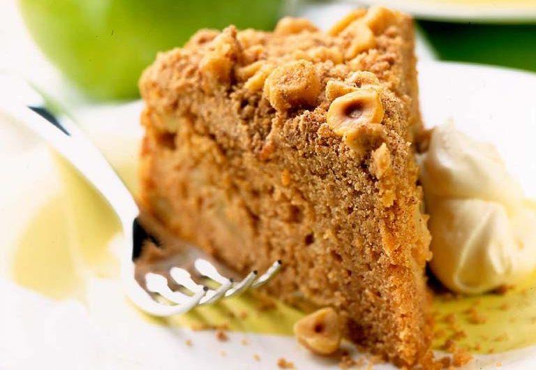 Bramley Apple and Cinnamon Crunch Cake